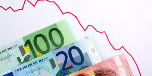 Down trend Euro currency
